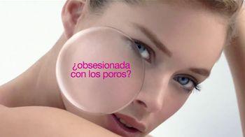 L'Oreal Paris Youth Code Pore Vanisher TV Spot, 'Obsesionada con los poros' con Doutzen Kroes [Spanish] - 139 commercial airings