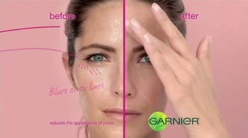 Garnier 5 Sec Blur TV Spot, 'Blur Away Flaws' - Thumbnail 7