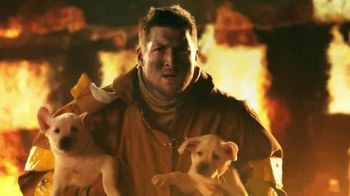 T-Mobile Super Bowl 2014 TV Spot, 'Rock Star' Featuring Tim Tebow - Thumbnail 9