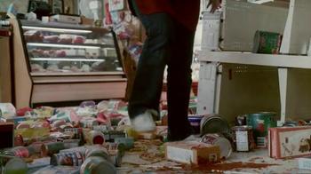 Chobani Super Bowl 2014 TV Spot, 'Ransacked' Song by Bob Dylan - Thumbnail 10