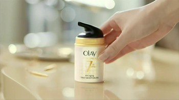 Olay Total Effects TV Spot, 'Changes' - Thumbnail 5