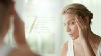 Olay Total Effects TV Spot, 'Changes' - Thumbnail 6