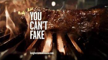 Longhorn Steakhouse Sirloin Chimichurri Sandwich TV Spot - Thumbnail 10