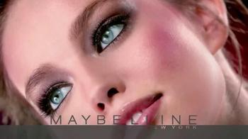 Maybelline New York Master Glaze TV Spot, 'The Glaze Craze' - Thumbnail 8