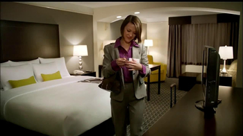 LaQuinta Inns and Suites TV Spot, 'Gorilla in the Room' - Thumbnail 2