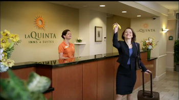 LaQuinta Inns and Suites TV Spot, 'Gorilla in the Room' - Thumbnail 5