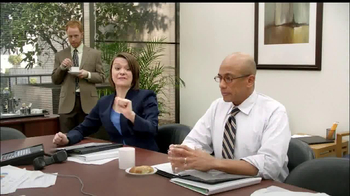 LaQuinta Inns and Suites TV Spot, 'Gorilla in the Room' - Thumbnail 8