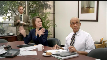 LaQuinta Inns and Suites TV Spot, 'Gorilla in the Room' - Thumbnail 9