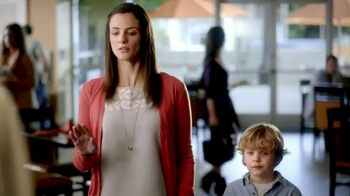 Embassy Suites Hotels TV Spot, 'Breakfast Like Mommy's' - Thumbnail 5