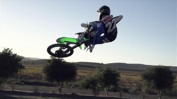 Discount Tire TV Spot, 'Motocross' Featuring Chad Reed - Thumbnail 9
