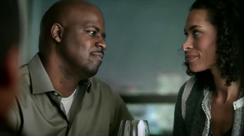 Embassy Suites Hotels TV Spot, 'Feels Like a Date' - Thumbnail 7