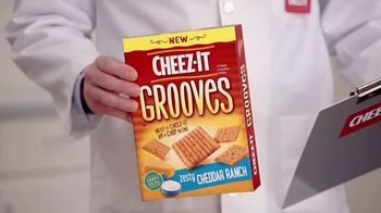 Cheez-It Grooves TV Spot, 'Both Worlds'