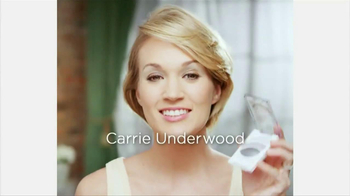 Almay Intense I-Color TV Spot Featuring Carrie Underwood - Thumbnail 1