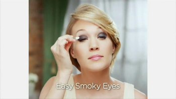 Almay Intense I-Color TV Spot Featuring Carrie Underwood - Thumbnail 4