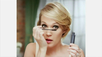 Almay Intense I-Color TV Spot Featuring Carrie Underwood - Thumbnail 6