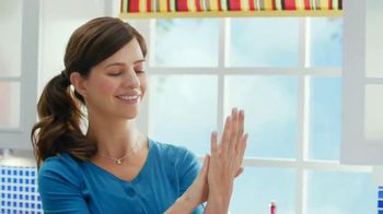Dawn Hand Renewal with Olay Beauty TV Spot, 'Game Show'
