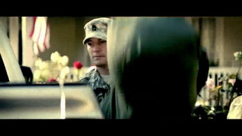 U.S. Army Reserves Defy Expectations TV Spot, 'Experience of a Lifetime' - Thumbnail 3