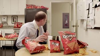 Doritos Crash the Super Bowl Finalist TV Spot, 'Ostrich' - Thumbnail 9