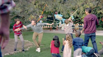 Genesis Super Bowl 2014 TV Spot, 'Dad's Sixth Sense' - Thumbnail 6