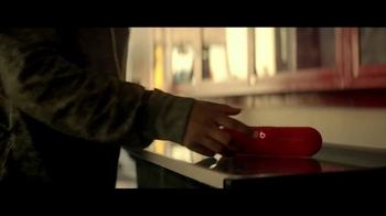 Beats Pill XL TV Spot Featuring Kendrick Lamar, Dr. Dre - Thumbnail 7