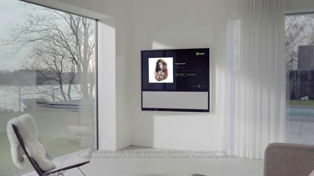bang olufsen tv commercial 39 old tv 39 song by lorde. Black Bedroom Furniture Sets. Home Design Ideas