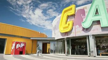 KitKat TV Spot, 'Cabina de Fotos' [Spanish] - Thumbnail 1
