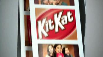 KitKat TV Spot, 'Cabina de Fotos' [Spanish] - Thumbnail 9