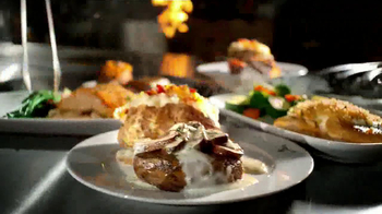 Longhorn Steakhouse Dinner for 2 TV Spot - Thumbnail 4