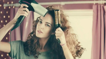 John Frieda Frizz Ease TV Spot, 'No More Frizz' - Thumbnail 4