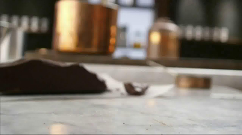 Starbucks Mocha Drizzle TV Spot, 'Love Your Latte' - Thumbnail 1