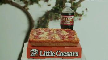 Little Caesars Pizza TV Spot, 'Deep Dish Combo Mambo' - Thumbnail 5