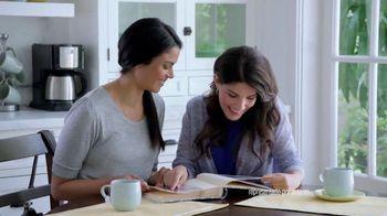 Crest 3D White Whitestrips TV Spot, 'Regresar el tiempo' [Spanish] - Thumbnail 1