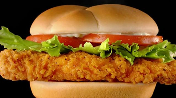 Wendy's Spicy Chicken Sandwich TV Spot, 'Don't Think About It' - Thumbnail 6