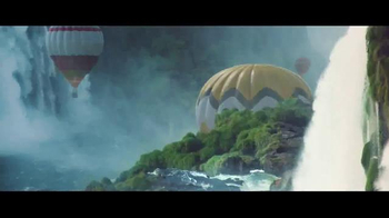 Perrier Sparkling Water TV Spot, 'Hot Air Balloons' - Thumbnail 2