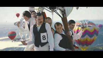 Perrier Sparkling Water TV Spot, 'Hot Air Balloons' - Thumbnail 3