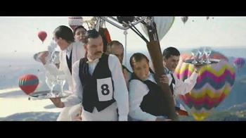 Perrier Sparkling Water TV Spot, 'Hot Air Balloons' - Thumbnail 3