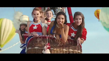 Perrier Sparkling Water TV Spot, 'Hot Air Balloons' - Thumbnail 4