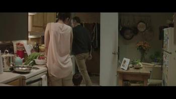 Houzz TV Spot, 'Hug or Mug?' - Thumbnail 7