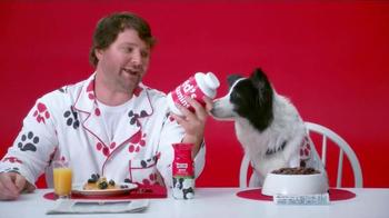 Milk-Bone Good Morning Daily Vitamin Treats TV Spot, 'Newspaper' - Thumbnail 5