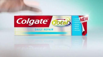 Colgate Total Daily Repair TV Spot, 'Keep Teeth Healthy' Ft. Kelly Ripa - Thumbnail 4