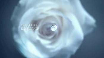 Lancôme Advanced Genifique TV Spot, 'Feel Beautiful' Featuring Kate Winslet - Thumbnail 7