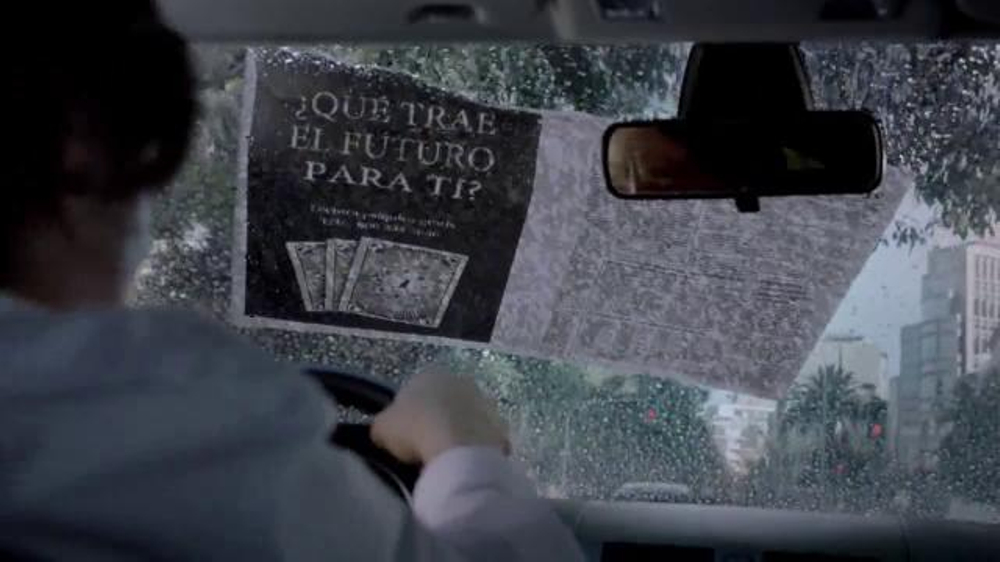 Allstate TV Commercial, 'La Mala Suerte: el peri??dico'