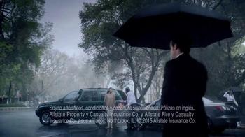 Allstate TV Spot, 'La Mala Suerte: el periódico' [Spanish] - Thumbnail 6