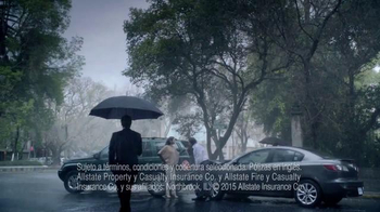 Allstate TV Spot, 'La Mala Suerte: el periódico' [Spanish] - Thumbnail 7