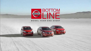 Nissan Bottom Line Model Year-End Event TV Spot, 'Good Look' - Thumbnail 3
