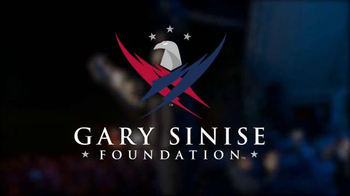 Gary Sinise Foundation TV Spot, 'Who Helps a Hero' - Thumbnail 5