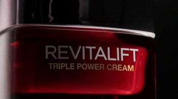 L'Oreal Paris Revitalift TV Spot, 'Come Closer' Featuring Andie McDowell - 1008 commercial airings