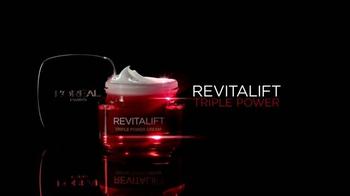 L'Oreal Paris Revitalift TV Spot, 'Acércate' con Andie MacDowell [Spanish] - Thumbnail 7