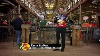 Bass Pro Shops End of Season Clearance Sale TV Spot, 'Fishing Boat Savings' - Thumbnail 10