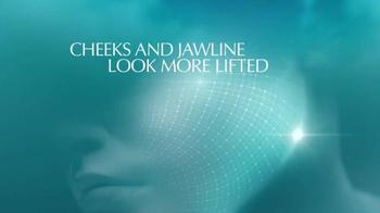 Estee Lauder New Dimension TV Spot, 'Best Angle' Featuring Eva Mendes - Thumbnail 5